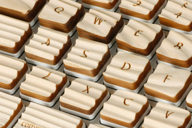 woodenkeyboard_02
