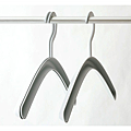 stackable_hanger3.png