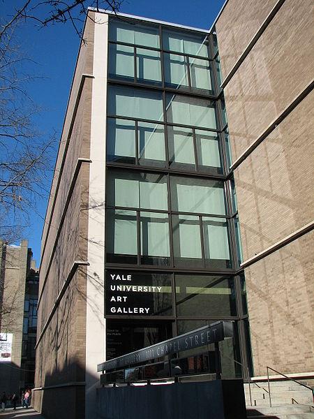 5.450px-Yale_University_Art_Gallery_entrance.jpg