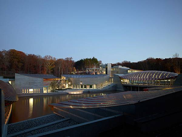 水晶橋美國藝術博物館(Crystal Bridges Museum of American Art)