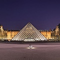 1.800px-Louvre_Museum_Wikimedia_Commons