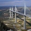 millau-viaduct-2