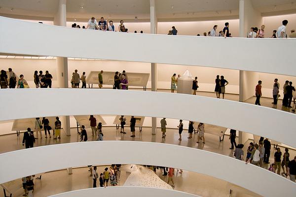 2.800px-Guggenheim_flw_show.jpg