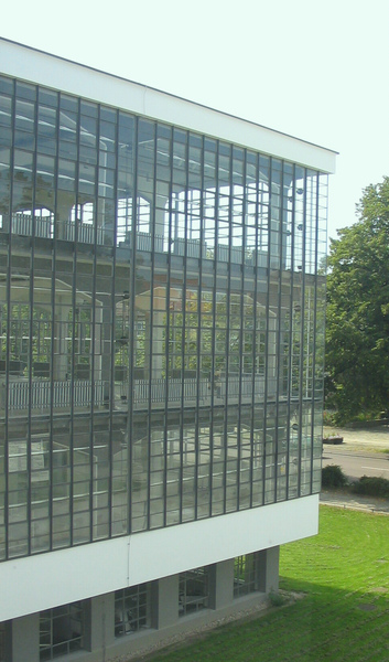 4.Bauhaus-Dessau_Atelier.jpg