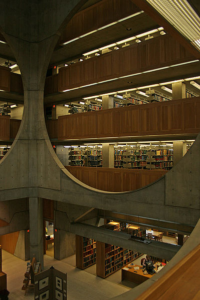 1.399px-Exeter_library_interior.jpg