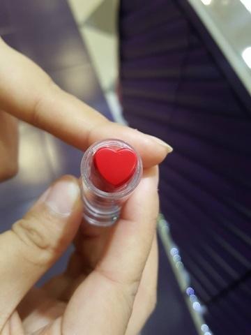 10新型唇膏 (4).jpg
