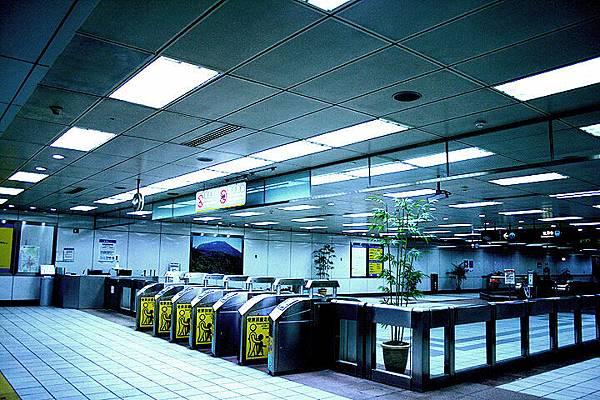 寂寞的捷運站