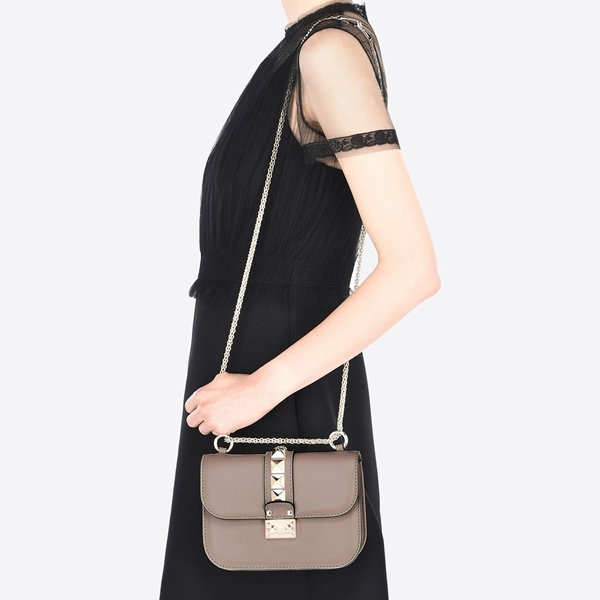 07-2 SMALL CHAIN CROSS BODY BAG US2080.jpg