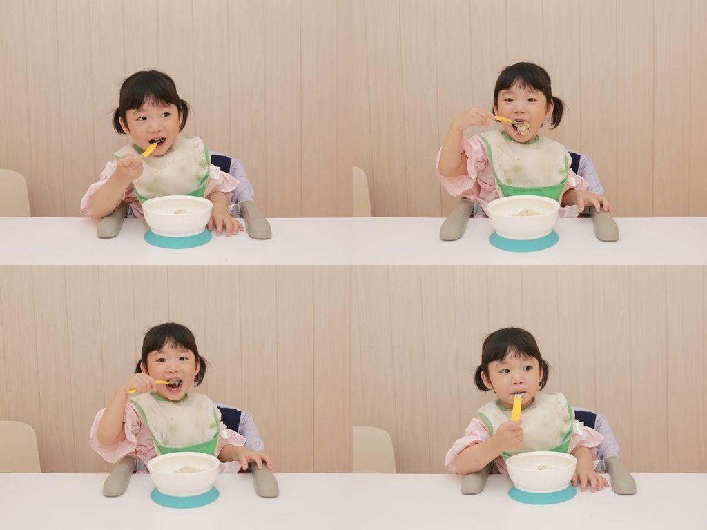 我覺得藜麥口味很棒,專門做給喜歡純蘿蔔糕的朋友和較小的孩子吃的。