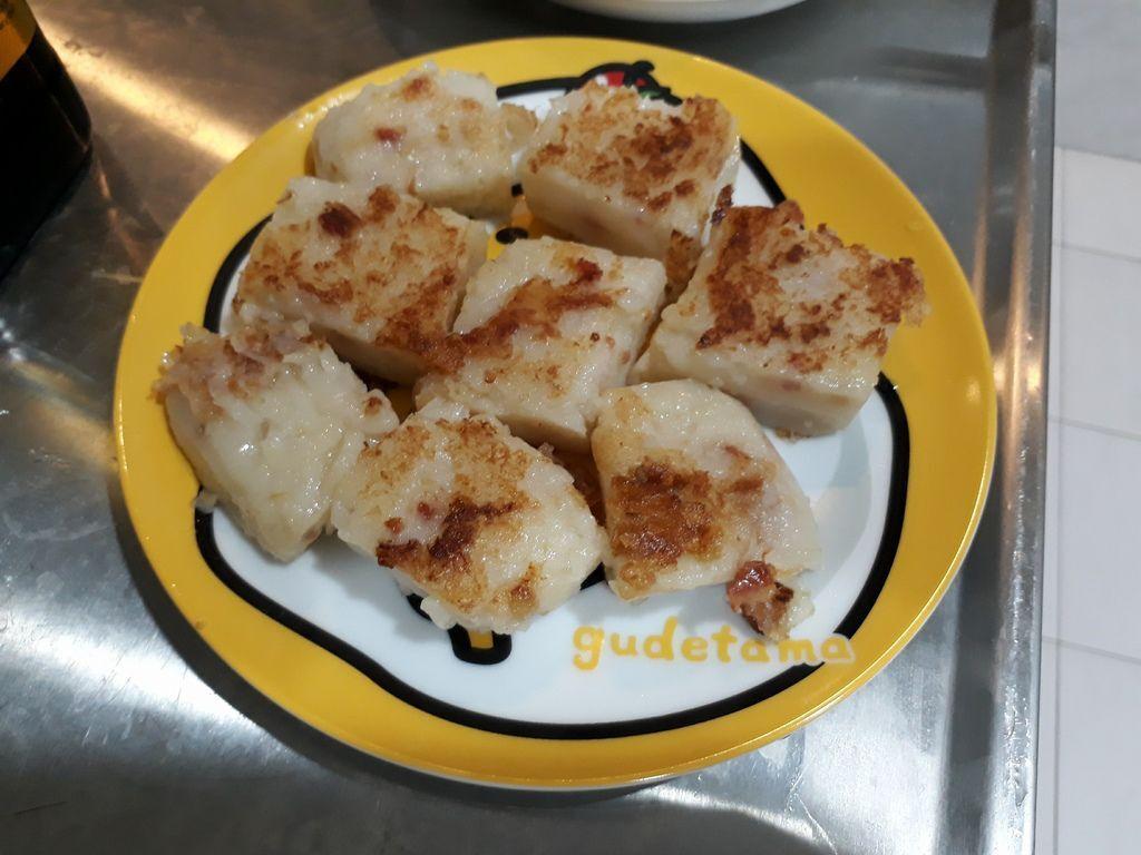 沒有廚藝的我都可以輕鬆料理~櫻花蝦太好吃了!來不及拍照就不見,通通進肚子啦
