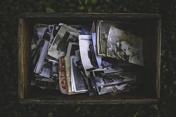 people-vintage-photo-memories-large.jpg