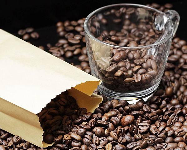 coffee-beans-2258852_960_720.jpg