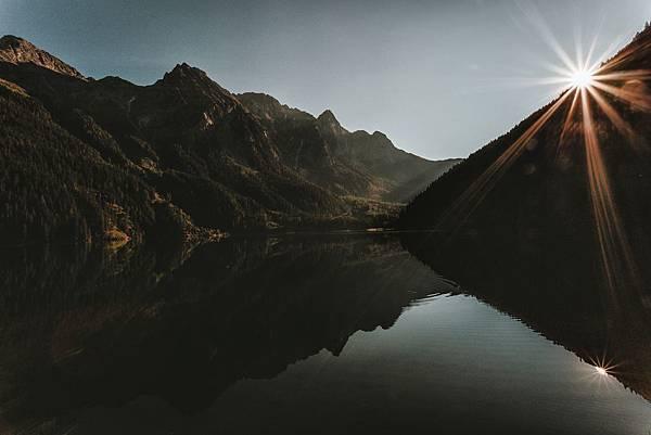 dawn-daylight-desktop-wallpaper-1301903.jpg