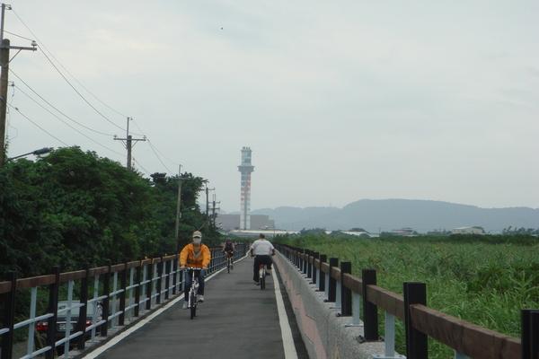 關渡賞鳥自行車道