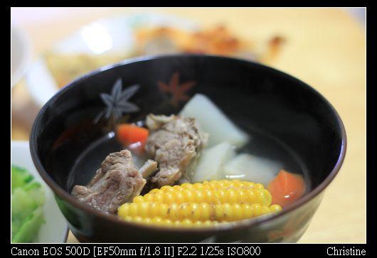 1122 玉米蘿蔔排骨湯