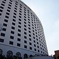 午餐--湄賓酒店正門口--鄧麗君最後的落腳處