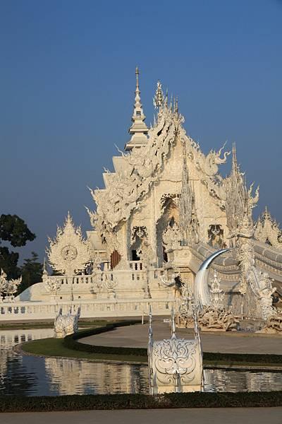 龍坤藝術廟--正面