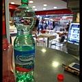 0724忍痛花下2.3歐買的第一罐水 也是最後一罐