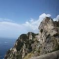 0725 海邊充滿了岩石