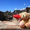 0726小熊遊世界之龐貝古城2
