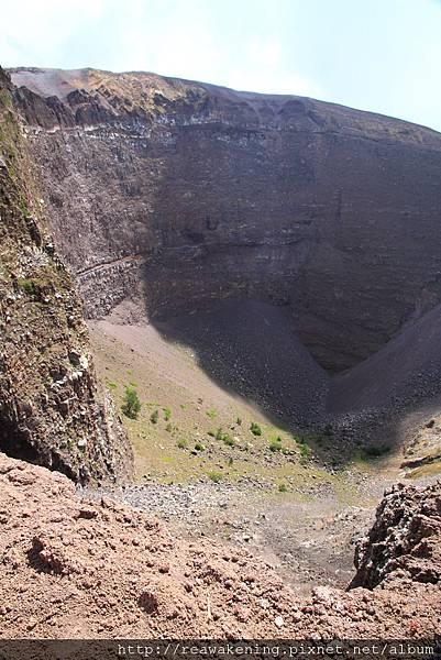 0726火山口實在太大了 廣角鏡頭裝不下她的全貌