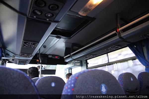 0726其實是滿高級的公車 乘客很少