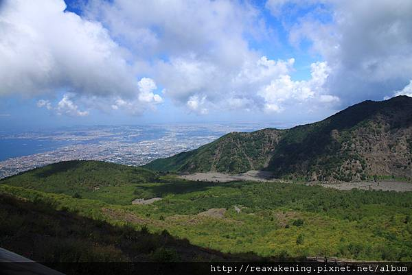 0726坡度算陡 不過爬高景色真好