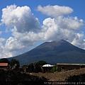 0726維蘇威火山 快要被雲蓋住了