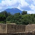 0726遠方可見維蘇威火山 當年吞噬古城的兇手