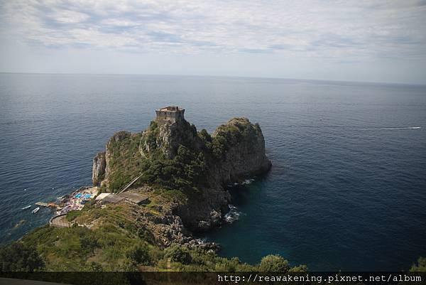 0728 車窗外風景 延伸至海面的小半島