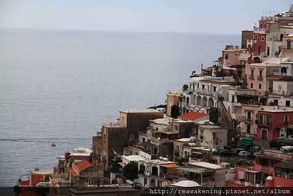 0728 依海而建的山城小鎮 真是美到讓人覺得不可思議