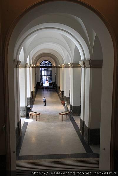 0730 Napoli 考古博物館 一樓大廳
