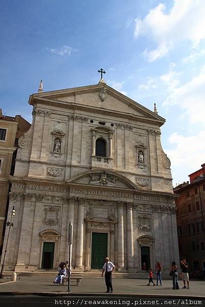 0731 Chiesa Nuova 新聖母教堂  也是住宿點的地標