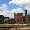 0731 陰涼處休息中 拍拍對面的古羅馬市場