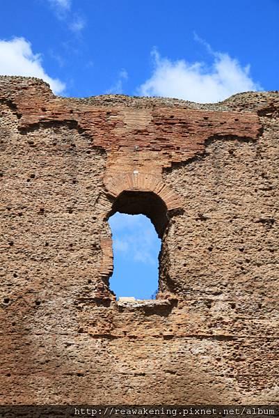 0731 斑駁的古牆與窗戶 從龐貝來一路一直在看遺跡