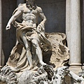 0801 正中央為海神雕像