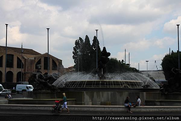 0801 共和國廣場噴泉