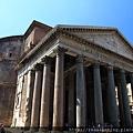 0801 到囉 轉出來 神殿前面與圓形建築更加明顯