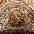 0801 栩栩如生的壁畫 一旁的天使彷彿真的伸出了雙腳