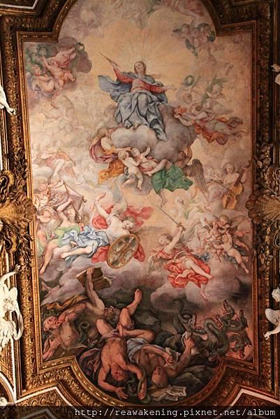 0801 從上到下是馬利亞 爭戰的天使與地獄裡的魔鬼