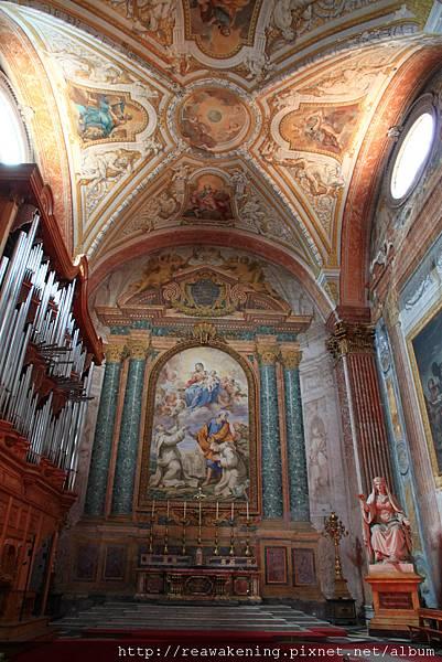 0801 教堂左側的祈禱室 2