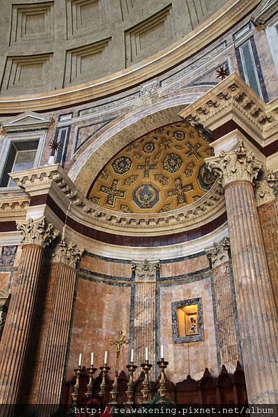 0801 漂亮的牆壁與柱飾
