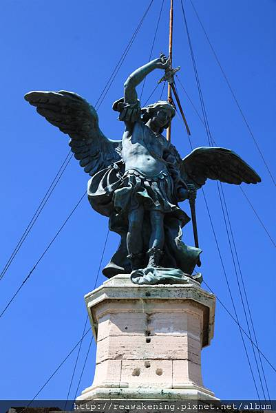 0802 爬到頂囉 這是天使長米迦勒 Arcaangelo Michele