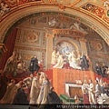 0803 四處都是描述教廷內部歷史的畫作