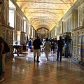 0803 館內處處展示著歷代教宗收藏的藝術品 館藏相當豐富