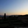 日落囉 這麼美的日落 我們看了四天.JPG