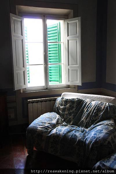 0804 感覺早晨坐在窗邊休息會很舒服