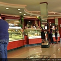 0805 Rocco di Polli 小鎮上的可愛咖啡廳 坐在這裡啜飲咖啡 看著幸福的人群