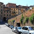 0806 今天從不同的方向走進Siena主街道