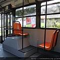 0806 公車 位子很大